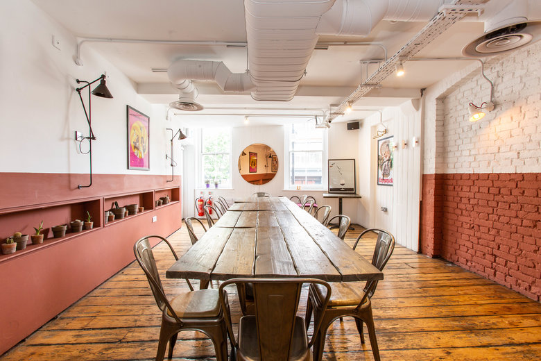 find a co-working space in Farringdon